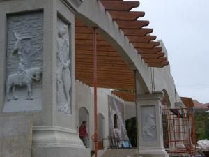 Pórtico de un establo privado en construcción (Vilagarcia de Arousa).